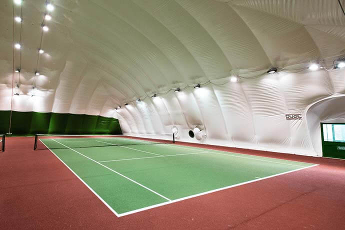 Over 2,750 tennis courts for hire