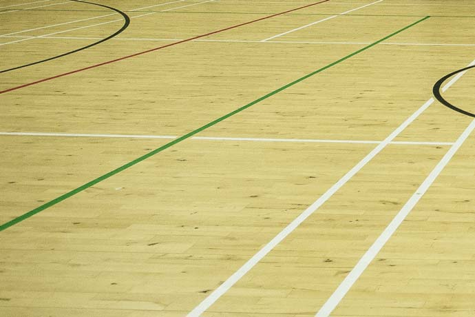 Over 450 badminton courts for hire
